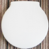 Ideal Standard Space Round Toilet Seat White - 02002032